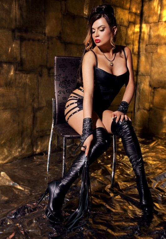 Mistress Beautiful Traps Leather And Lace Tgirls Female Boots Vintage