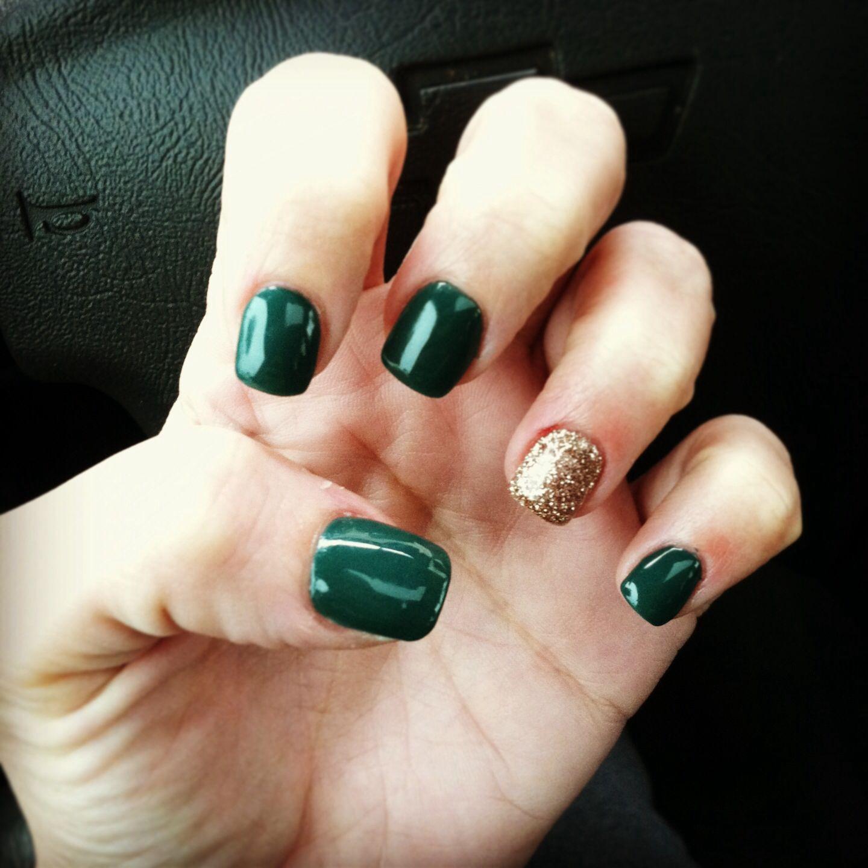 Dark green and Gold glitter nails! #christmas | Nail | Pinterest ...