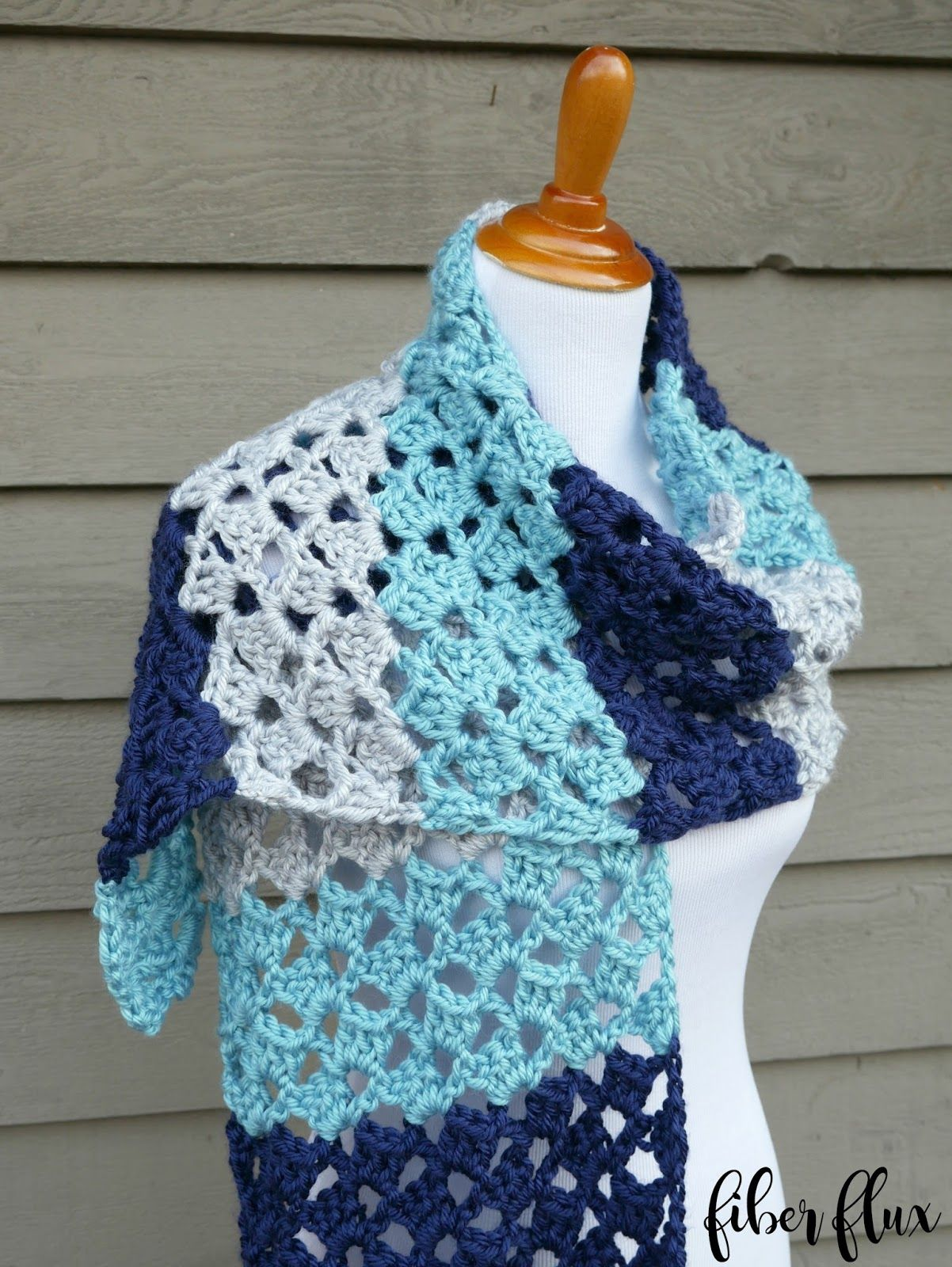 Free Crochet Pattern   Lake House Wrap | crochet-yarn art