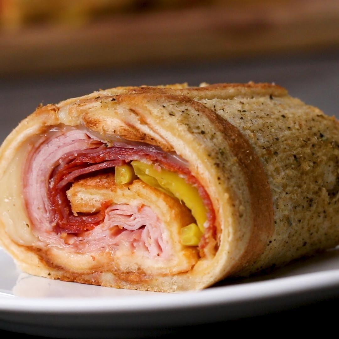 ハムやサラミ好きに捧ぐ最高のサンドイッチロール♪