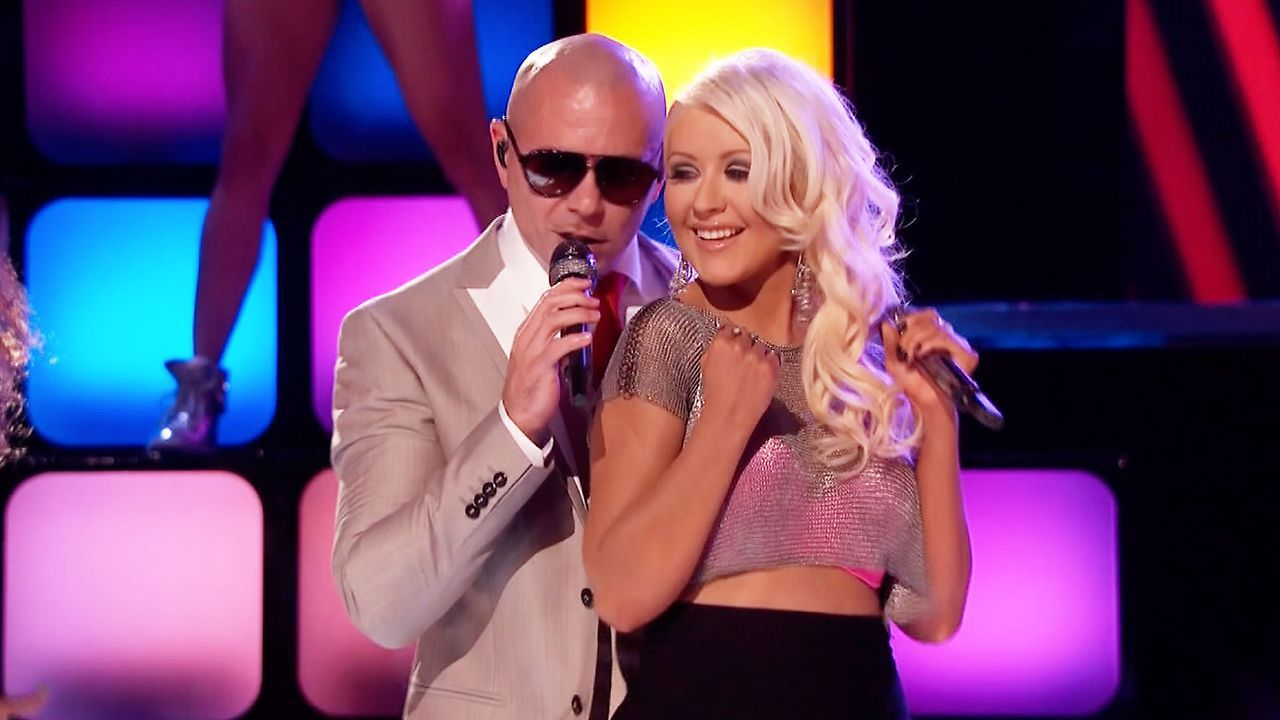 The Voice Pitbull And Christina Aguilera Christina Rocked This Song Christina Aguilera The Voice Christina Aguilera Pop Rock Music