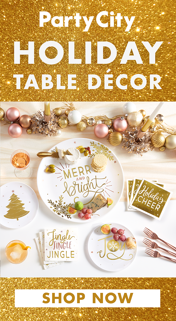 Tis The Season To Host Parties Shop Holiday Tableware Now Available At Party City Christmas Dinnerware Sets Christmas Plates Christmas Dinnerware