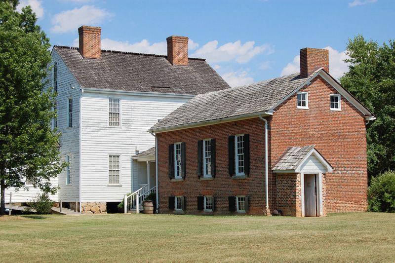 1800's Southern Plantation Southern plantation Homes
