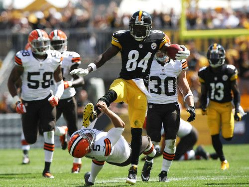 Pittsburgh Steelers WR Antonio Brown (84) kicks Cleveland Browns punter Spencer Lanning (5) in the face, perhaps attempting to hurdle over him. At any rate, it resulted in a rare 15-yard penalty for...