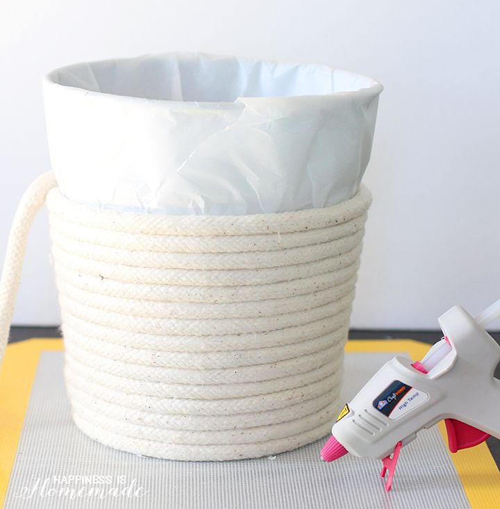 34 Fantastic Diy Home Decor Ideas With Rope: How To Make A No-Sew Rope Basket With Elmer's Hot Glue