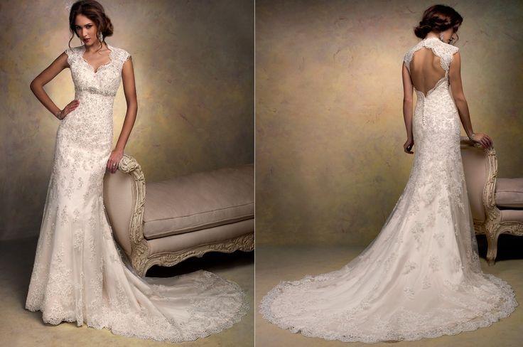 New Lace White Ivory Wedding Dress Key Hole Back