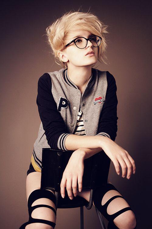 Épinglé par Bunnyaholic Trần sur I . Heart . Girl
