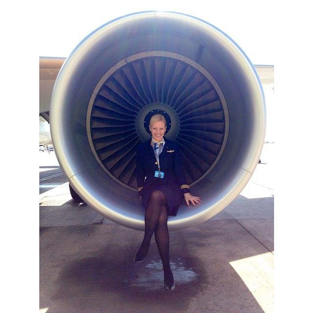 """""""Ota äkkiä nyt se kuva, mitä jos toi käynnistyy!!?! #crewlife #lifeofaflightattendant #A321 #airbus #engine #lpa #laspalmas #canaryislands #tcas #thomascook #thomascookscandinavia #letsgo  #sunnyheart"""" Photo taken by @helijylha on Instagram, pinned via the InstaPin iOS App! http://www.instapinapp.com (04/03/2015)"""