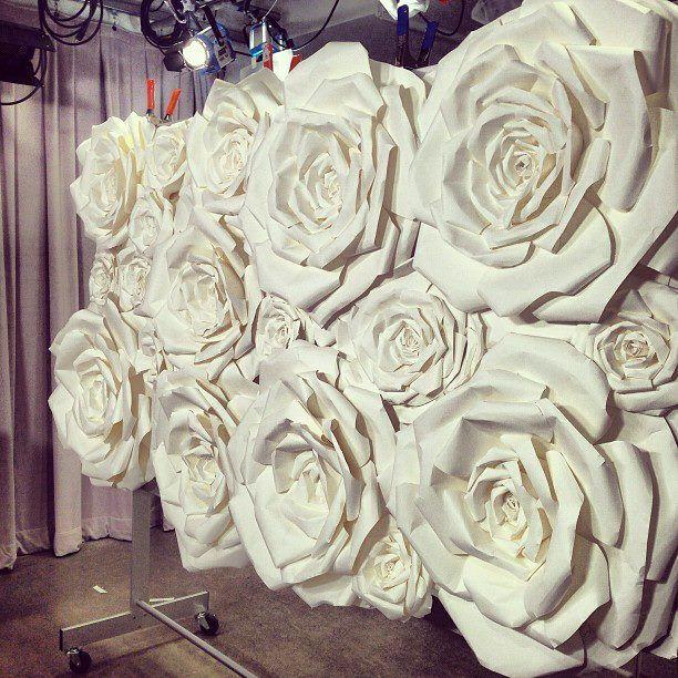Love The Flower Wall Manualidades Flores De Papel Flor De Paper Pared De Floresde Papel