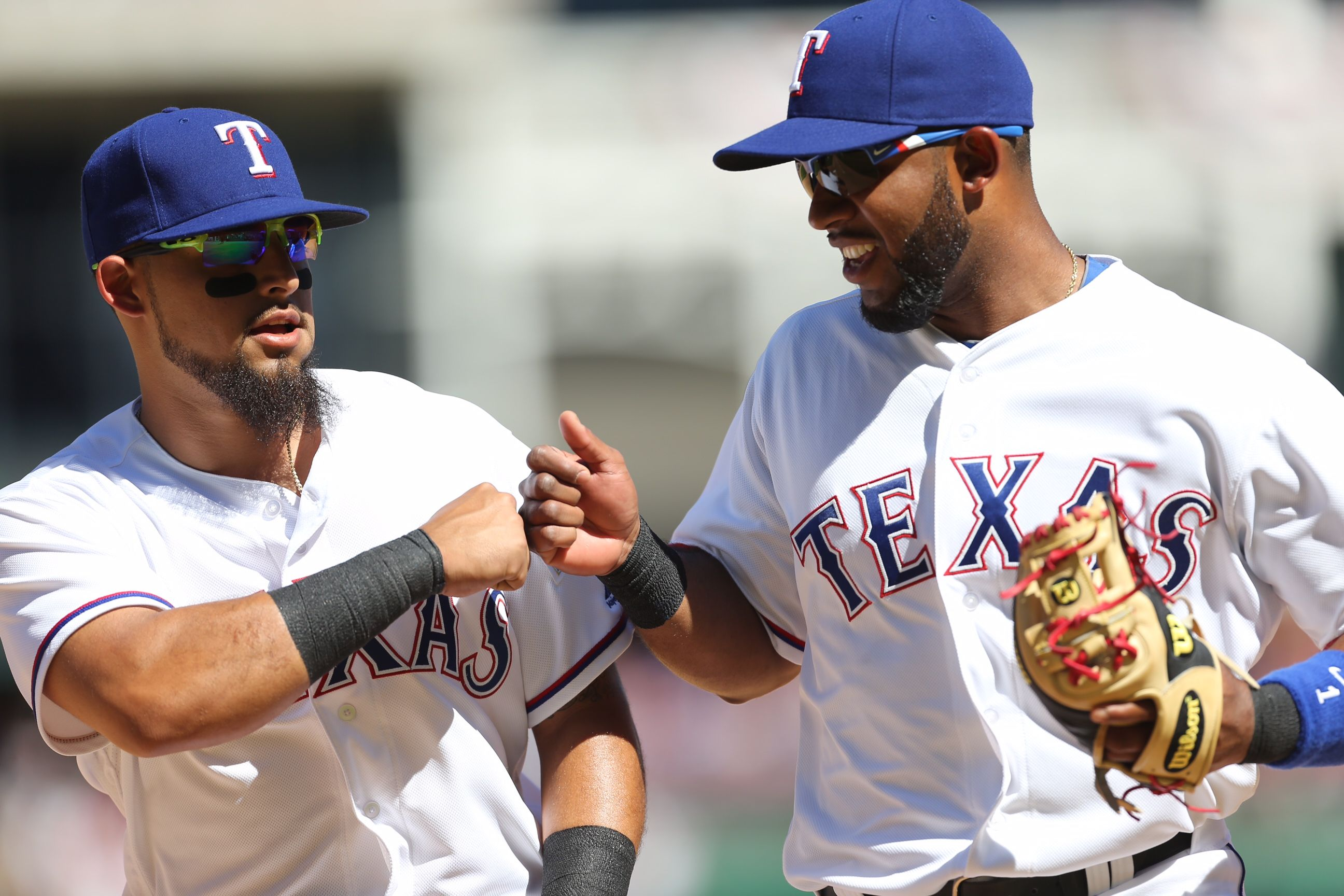 Knucks. RangersOpeningDay Texas rangers, Texas rangers