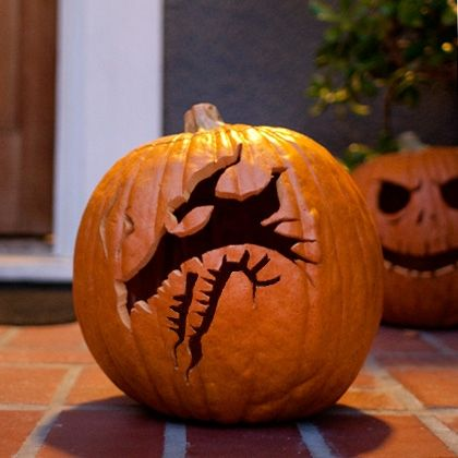 Maleficent's Dragon Pumpkin Carving Template | Pumpkin carvings ...