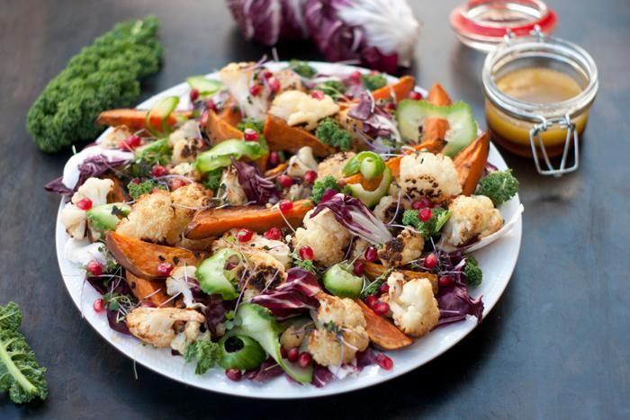 essayez notre salade repas originale avec des patates douces et du chou fleur r ti de la. Black Bedroom Furniture Sets. Home Design Ideas