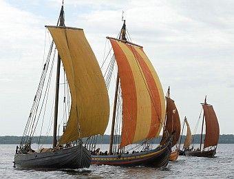 Pin By Julius Balius On Viking Views Viking Ship Vikings Old Sailing Ships