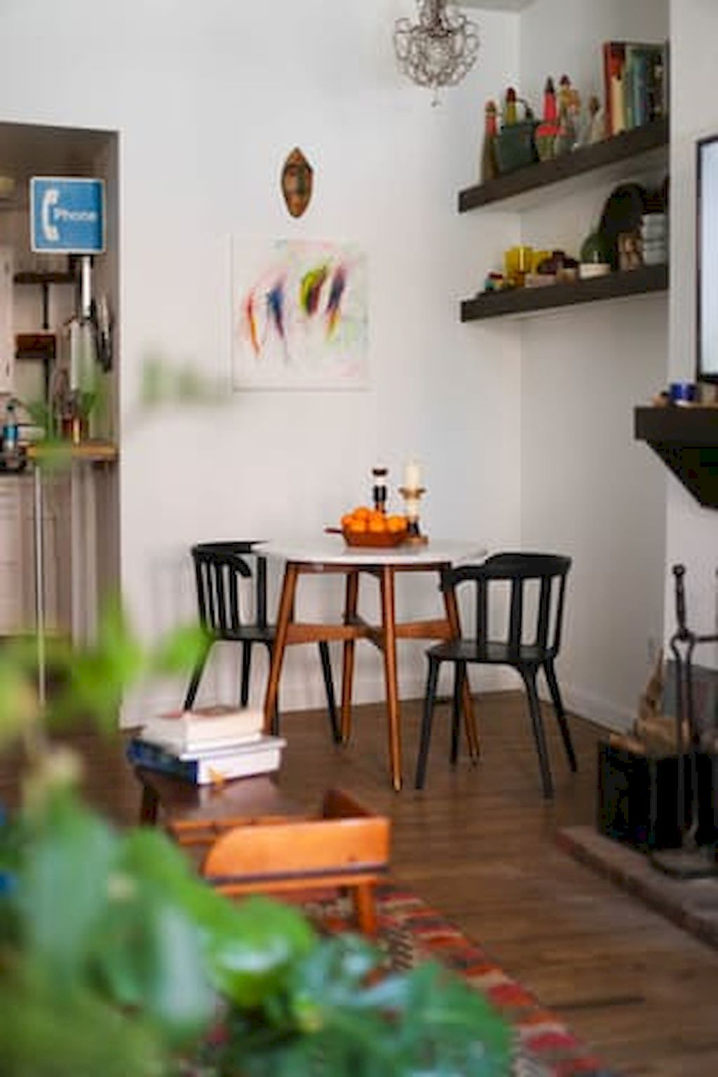 40 boho chic first apartment decor ideas contemporary dining furniture apartment decor on boho chic dining room kitchen dining tables id=92623