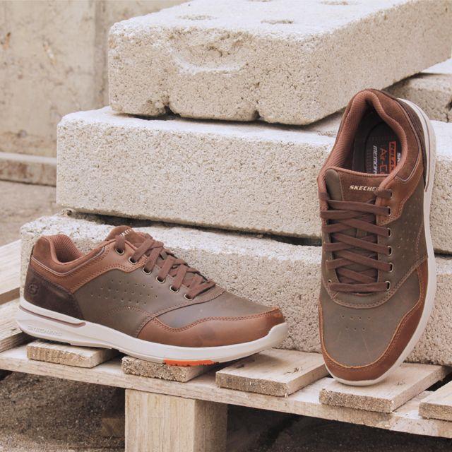 3734bac4 SKECHERS 65406 Zapatos de para hombre en color marrón. Características:con  cordones, altura