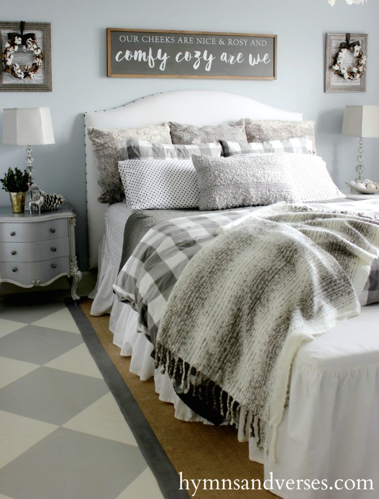 these modern farmhouse bedrooms have a beautiful mix of finishes