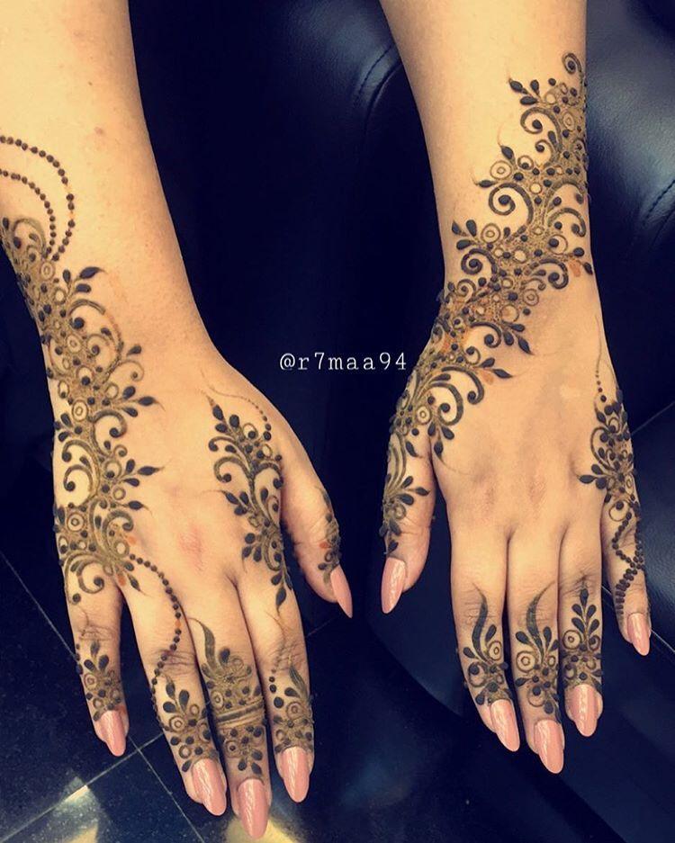 رحمه On Instagram استقبل حجوزات شهر ٤ ابريل من تاريخ ١ لتاريخ ١٢ ما بكون موجوده مشغوله الاحد والجمعه ما اس Henna Patterns Mehndi Designs Henna Designs