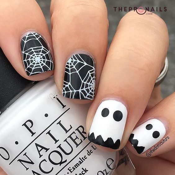 Little Cute Ghost Design You Can Put On Your Nails This Halloween Cheer Ghost Happy Ho Halloween Nails Easy Halloween Nail Designs Halloween Nail Art Easy