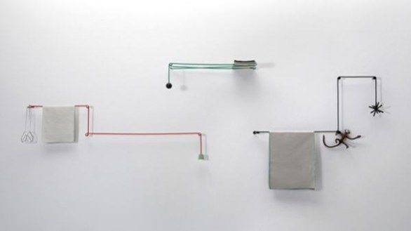 Hiroomi Tahara toilet hanger