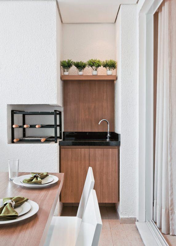 Apartamento decorado de 70 m u00b2 parece maior com algumas paredes a menos AP geral Decoraç u00e3o  -> Decoração De Terraço Com Churrasqueira