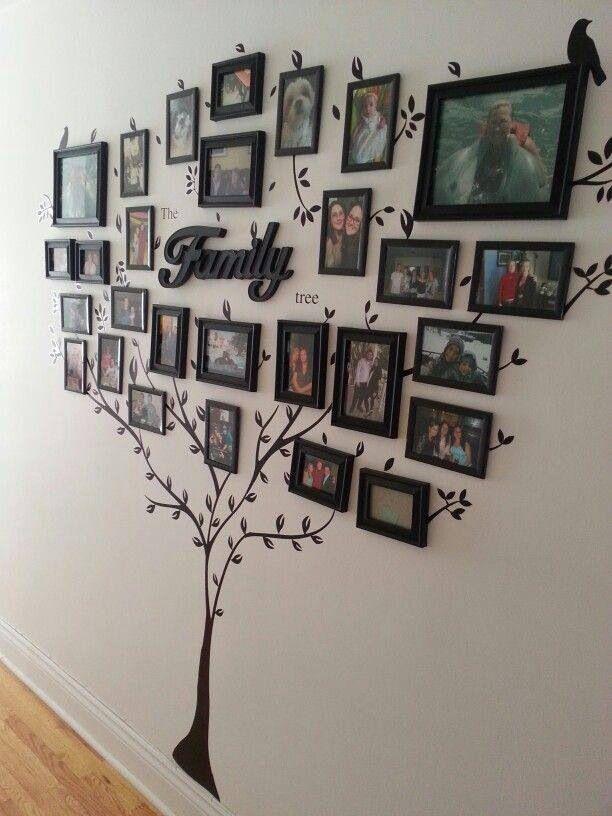 Family en madera, árbol de vinil y cuadros con marco negro | Mi casa ...
