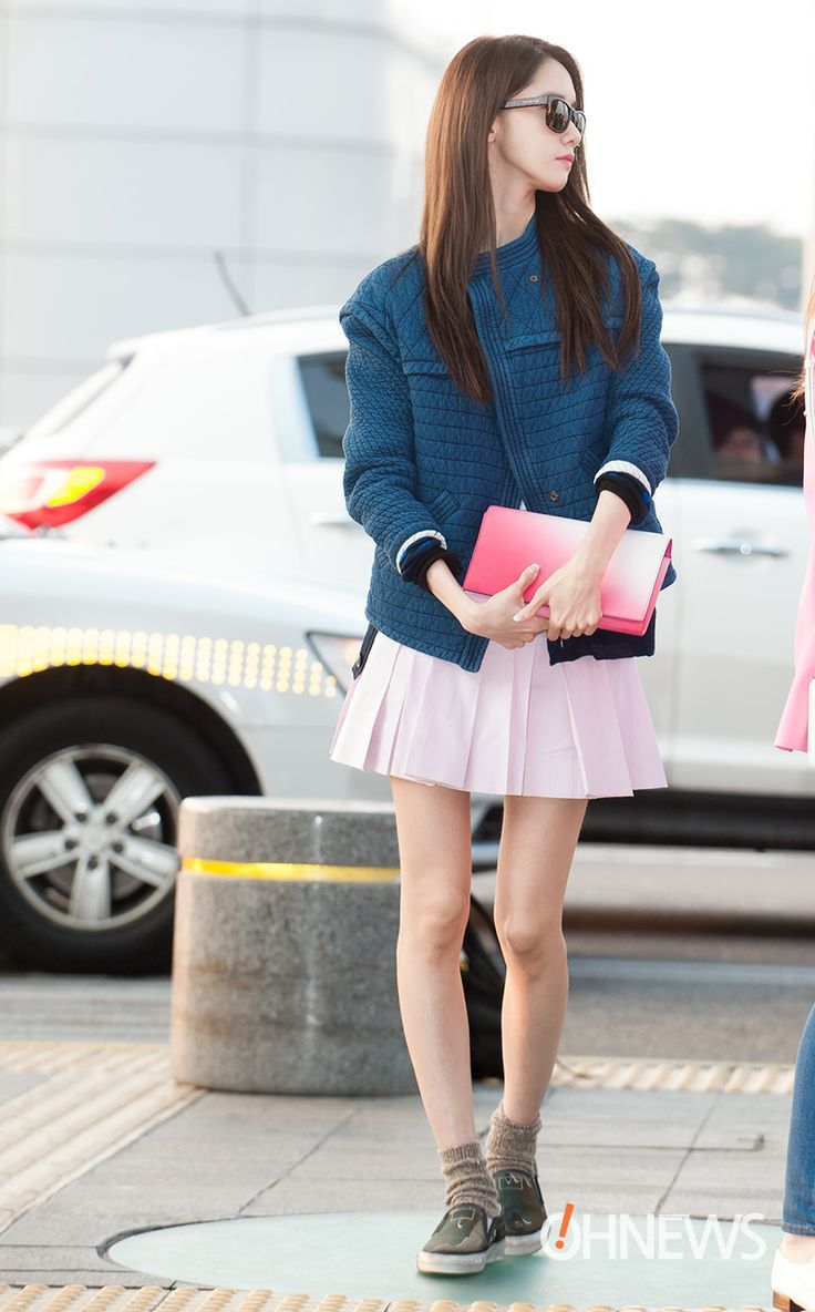 Steal S Yoona Look It S The Time To Wear Pink Snsd Fashion Snsd Airport Fashion Kpop Fashion