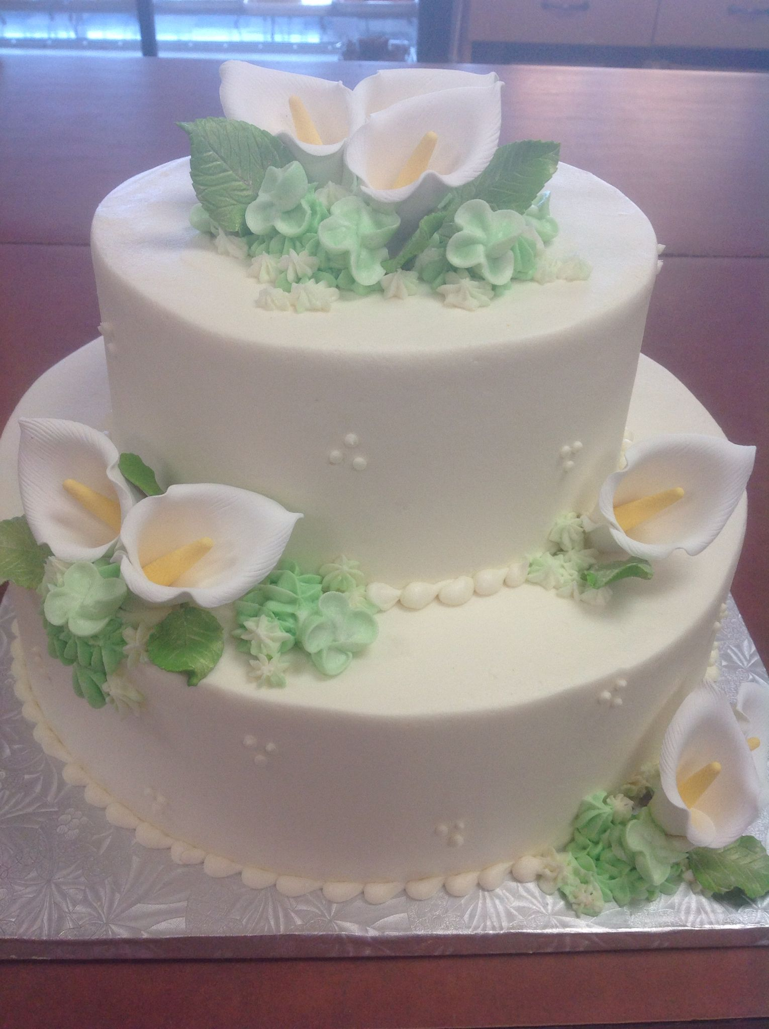 Specialty wedding cakes by Dolce and Biscotti Fine Italian Bakery in