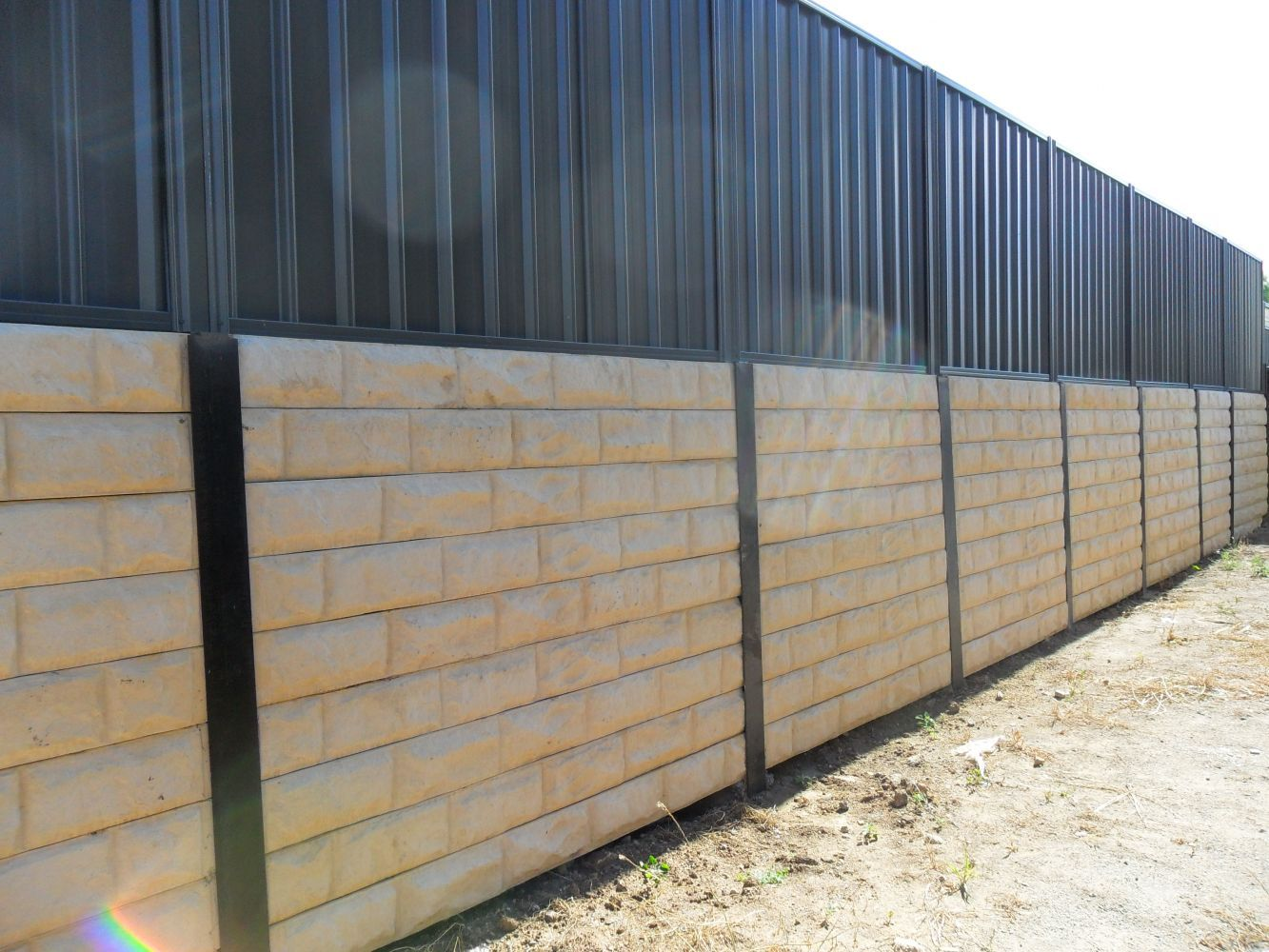 Patterned Sleeper Retaining Wall With Good Neighbour Panel Fence On Top Retaining Wall Good Neighbor Fence Fence