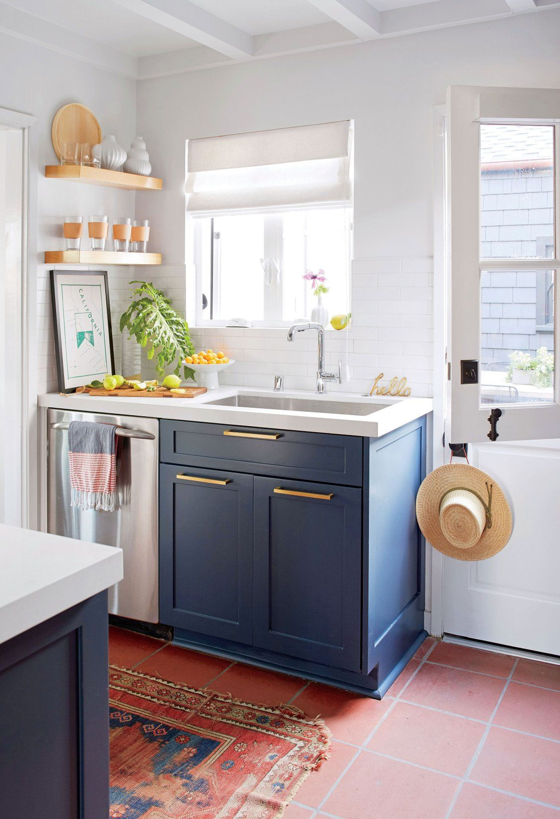 This Charming Bungalow Is 15 Steps From The Beach Beach House Kitchens Bungalow Kitchen Cottage Kitchen Design