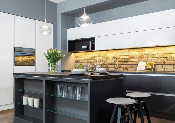 Studio Marcon Kuchnia Z Wyspa Ta Kuchnia Idealnie Sie Sprawdzi W Domach W Ktorych Jest Duzo Przestrzeni Home Decor Home Furniture