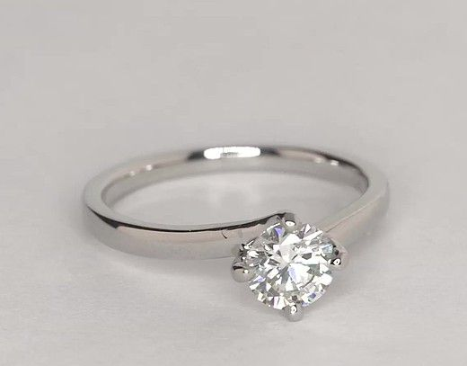 Zac Posen Truly Zac Posen East-West Solitaire Engagement Ring in Platinum lfmVy