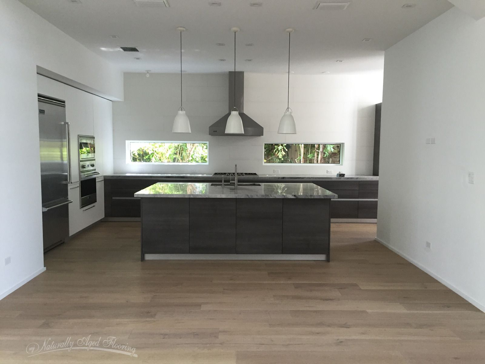 Oc Kitchen And Flooring Oceanside Oak Mc Oc 75 Part Of The The Medallion Collection