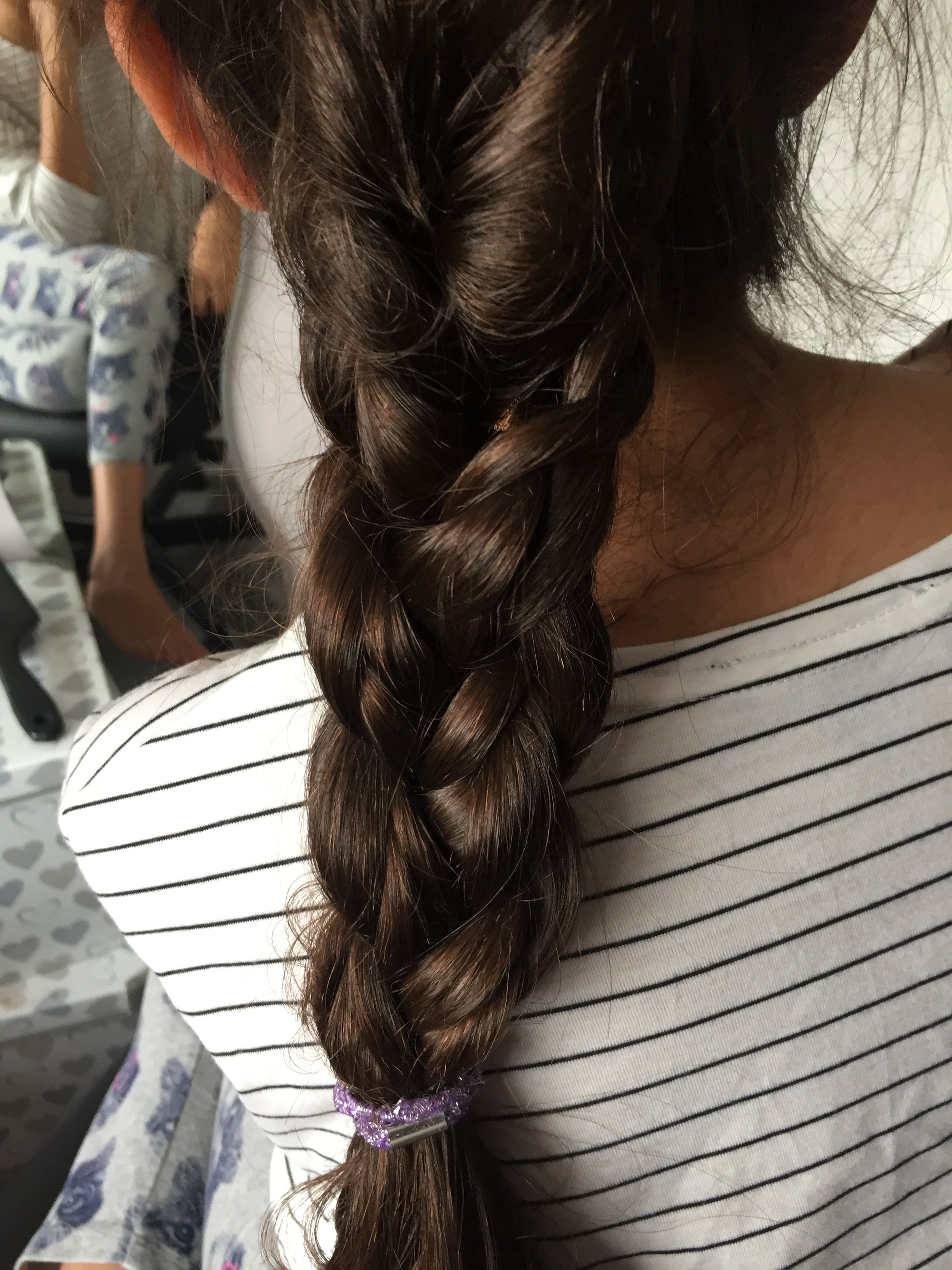This is a cute hairstyle perfect for summer summery