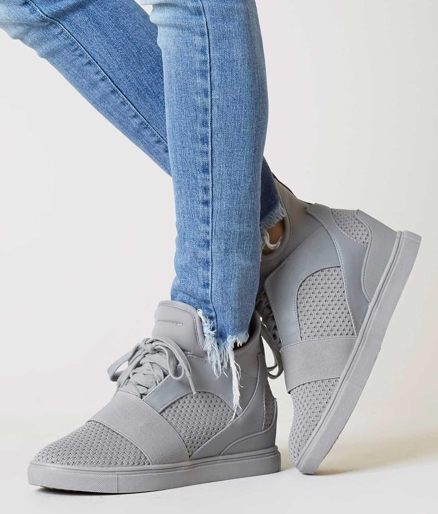 dc38b3d7015 Steve Madden Lexi Shoe - Women's Shoes in Grey   Buckle   Footwear ...
