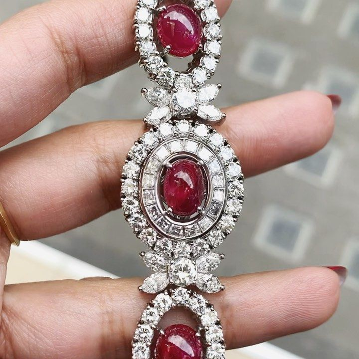 Juicy cabochon ruby and diamond 1950's bracelet ❤️ Email us for any enquiries - Tobigem@gmail.com Or call us on - 02074059102  #jewellery #hattongarden #london #diamonds #tobigem #antique #antiquejewellery #vintage #engagement #beautiful #love #gold #handmadejewelry #fashion #jewelryaddict #jewelry #jewelrydesign #jewelrygram #jewelryoftheday #ido #engagementring #engaged #antiquejewelry #ruby #1950s