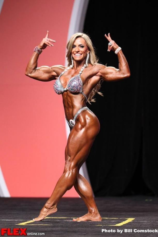 Juliana Malacarne Women S Physique Olympia 2013 Mr Olympia Body Building Women Muscle Women Physique