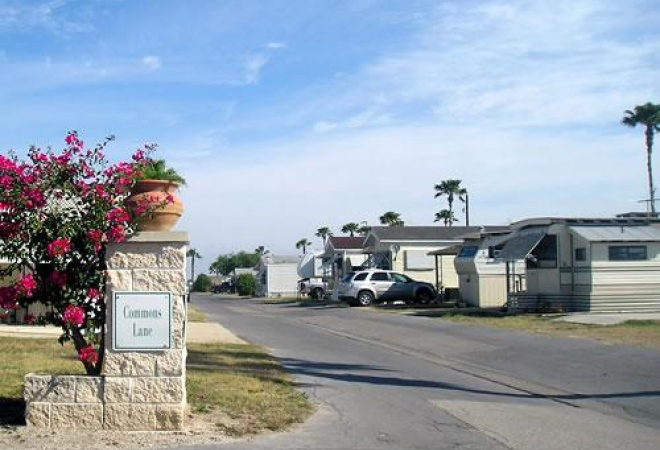 Lakewood Rv Resort An Encore Resort Harlingen Tx Passport America Campgrounds Camping Club Campground Camping Destinations