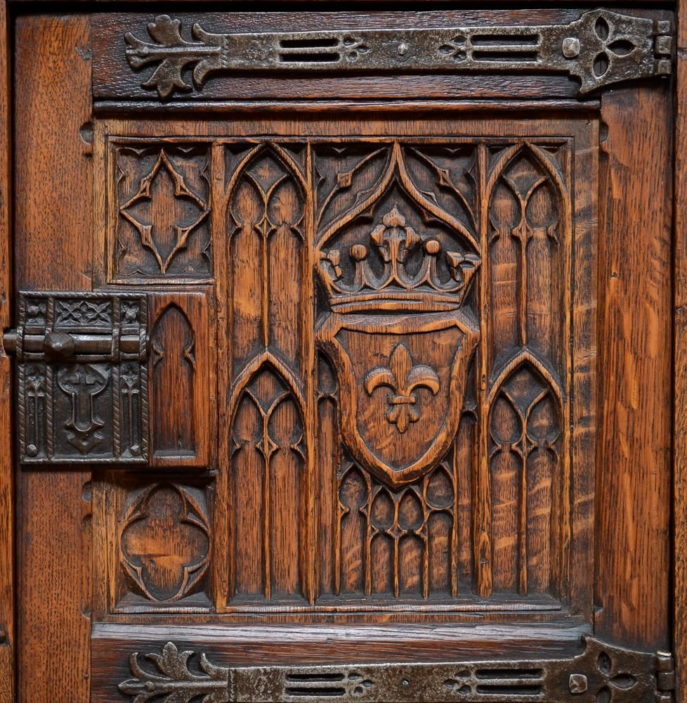 gothic furniture - Google Search - Gothic Furniture - Google Search Ideas For The House Pinterest