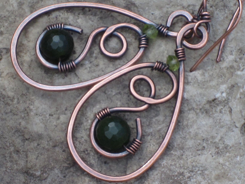 Jade in the silver copper wire.
