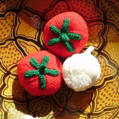 Avec de la laine: tomates