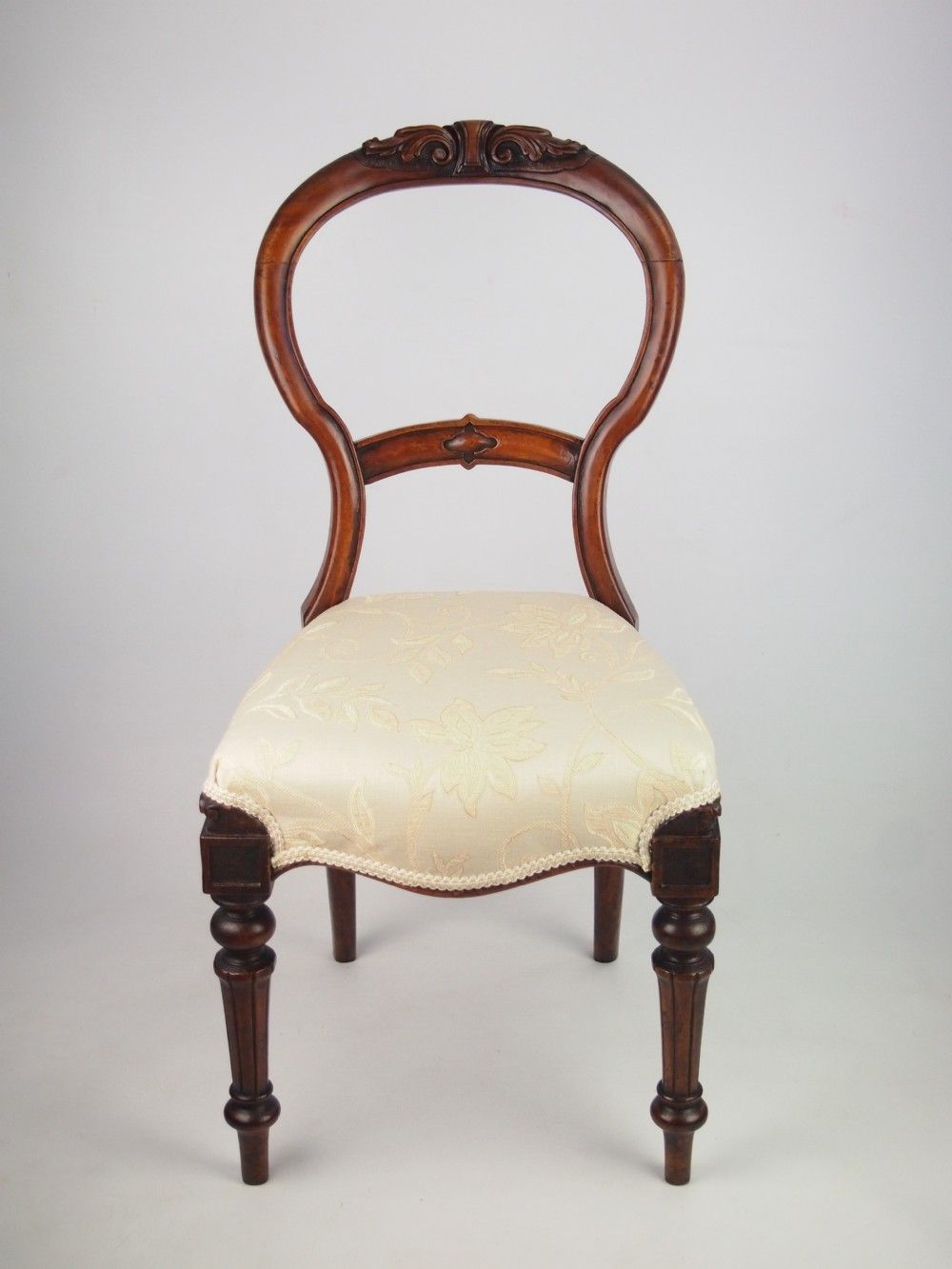 Antique victorian chairs - Antique Victorian Balloon Chair Recherche Google