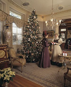 victorian era christmas traditions the pennington edition christmas past old fashion christmas tree - Old Time Christmas Decorations