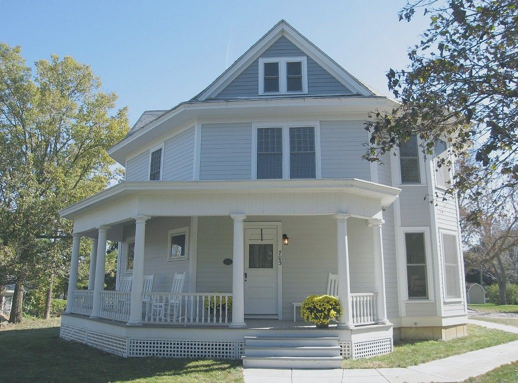 A Unique And Historic Octagon Home In Jefferson Iowa Iowa Rental Historic Home Victorian Homes House Rental