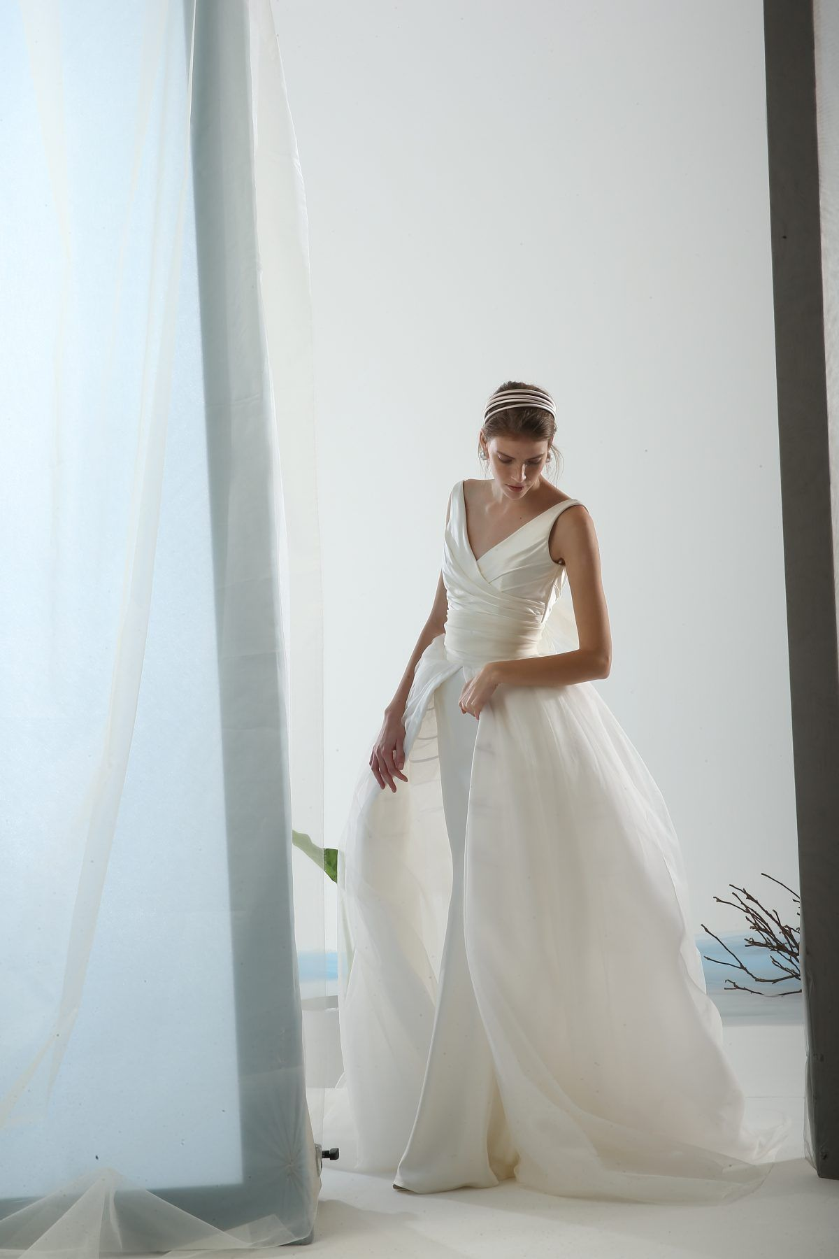 V Neck Ball Gown Wedding Dress With Bow