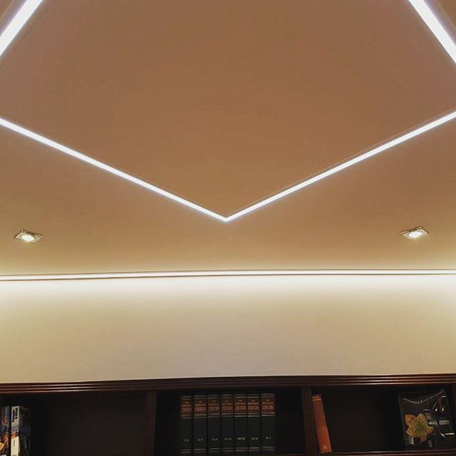 Das passt LED-Beleuchtung + Deckengestaltung alles aus einer Hand