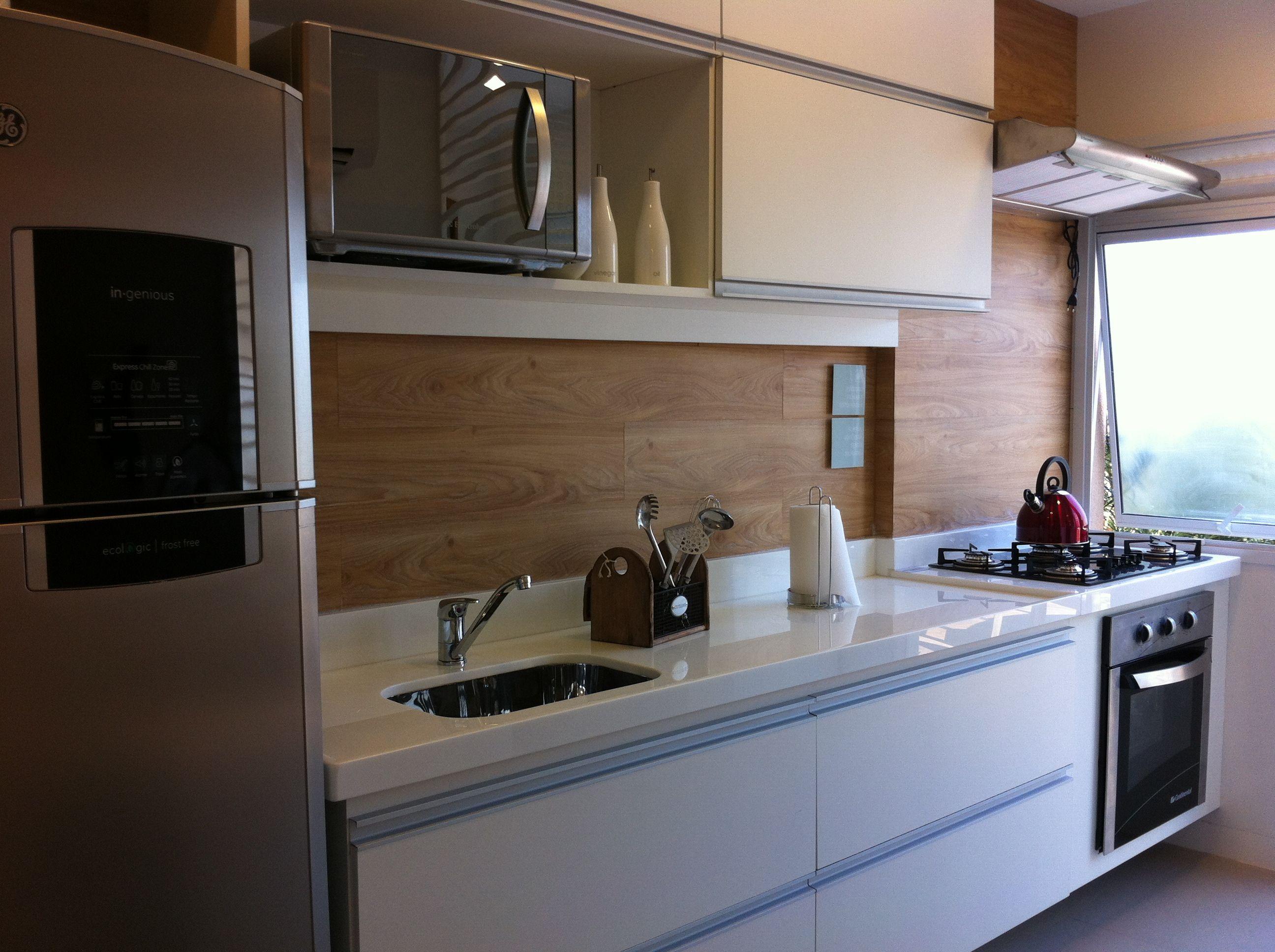Cozinha pequena linda modern kitchen marina for Cocinas super pequenas