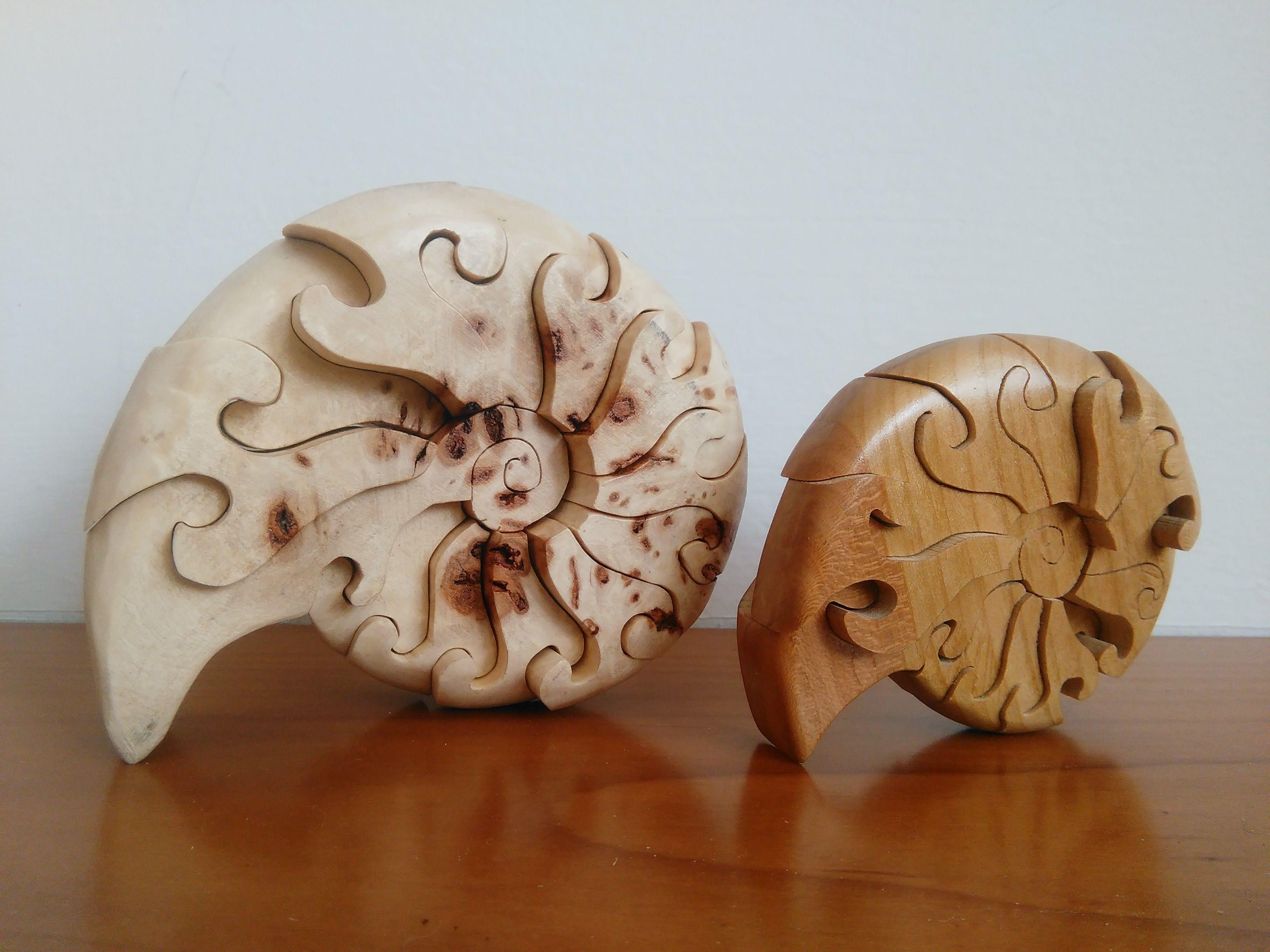Conchiglie a spirale in radica di pioppo ed in ciliegio