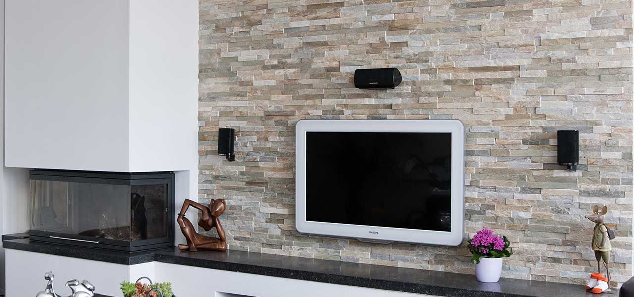 Barroco natuursteenstrips steenstrips modern rusty steenstrips wand in woonkamer met open - Deco moderne open haard ...