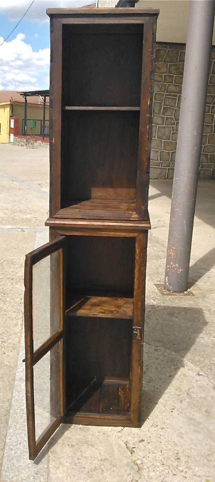 Vitrinas muebles hechos con palets muebles hechos con - Muebles de jardin hechos con palets ...