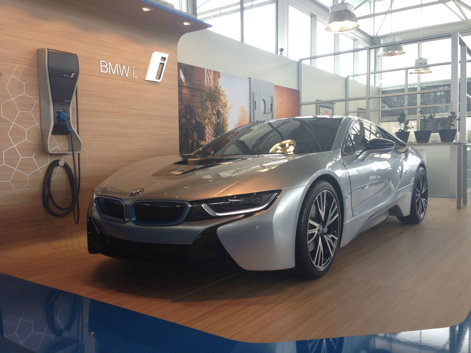 Want a Hollow Non Working BMW i8 Display Car for Your Living Room